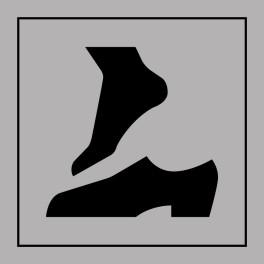 Pictogramme d'Information ISO 7001 Retirer ses chaussures en Gravoply 125 x 125 mm Noir sur Blanc