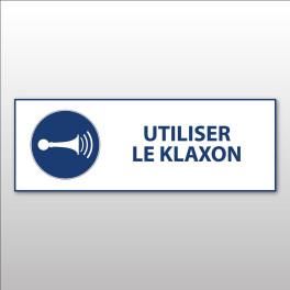 """Panneau d'Obligation ISO 7010 """"Utiliser le klaxon"""" M029 - Vinyle - 297 x 105 mm"""