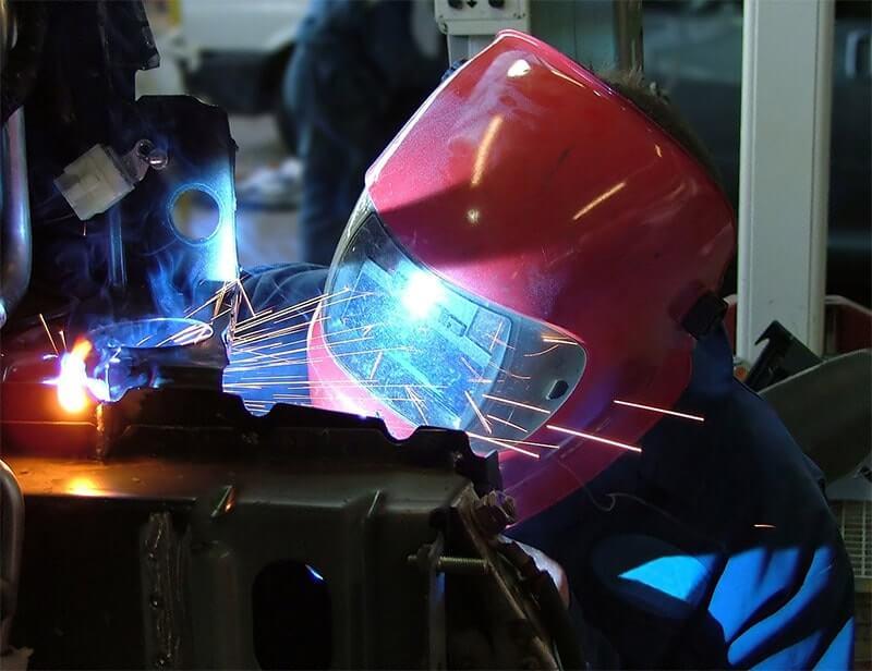 ferronerie - metier danger - secours au travail